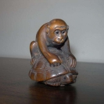 Netsuke-Monkey-Tortoise-Ape-Turtle-Figurine-Boxwood-Japanese-_57