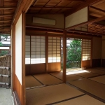 zen-meditation-room-open-to-garden-kyoto-japan-daniel-hagerman
